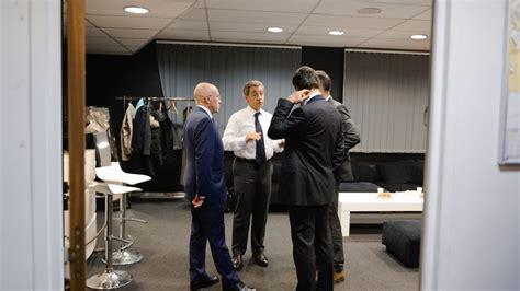 Présidentielle : comment Sarkozy s'active dans les ...