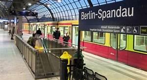 Bahnhof Spandau Geschäfte : s bahn von spandau nach falkensee verl ngern daniel ~ Watch28wear.com Haus und Dekorationen