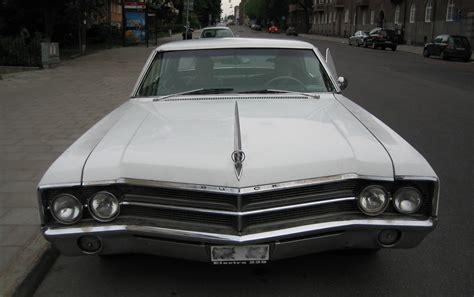 File:Buick electra 225 1965 front stockholm 2008.jpg ...