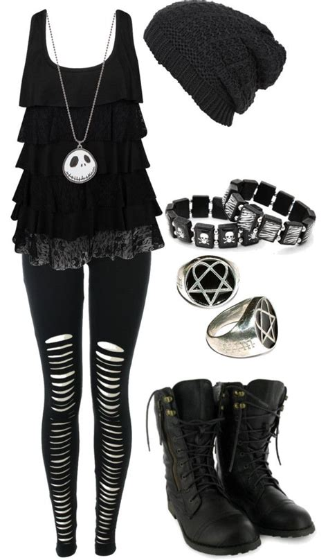 25+ best ideas about Gothic Outfits on Pinterest   Dark fashion Nu goth style and Rock fashion