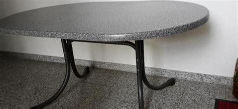 gartentisch oval kunststoff klappbar gartentisch klappbar oval werzalitplatte 140 x 90 top zustand zum verkauf bamberg bayern
