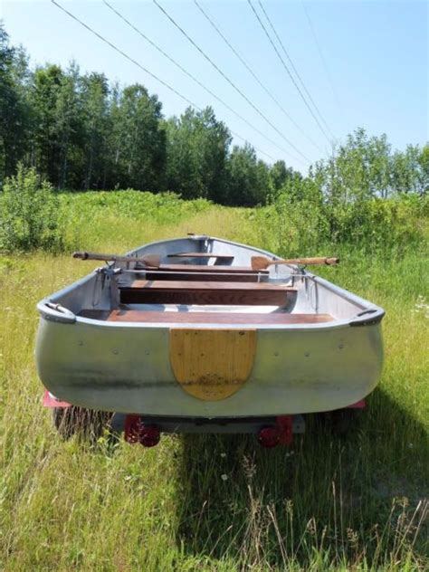 Alumacraft Boat Models by Vintage Alumacraft 14 Model Fl Boat With Trailer