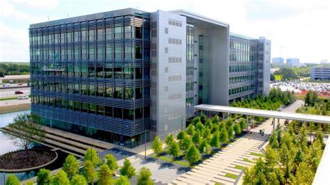 bp  sell helios plaza  houstons energy corridor