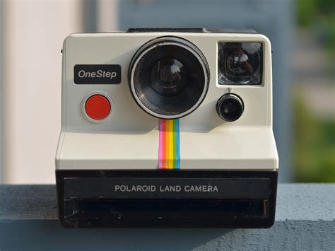 polaroid land onestep polaroid rainbow white onestep review