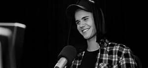 justin bieber smiling gif | Tumblr