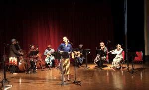 Saat ini, musik bisa dikatakan sudah menjadi kebutuhan bagi manusia. Seni Musik Tradisional | Berita Seni Musik Indonesia Saat Ini - Funinmlm