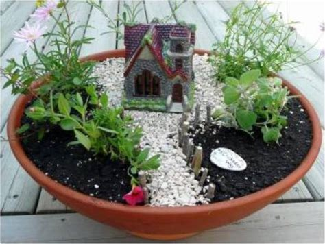Practical Ideas On How To Create A Miniature Garden