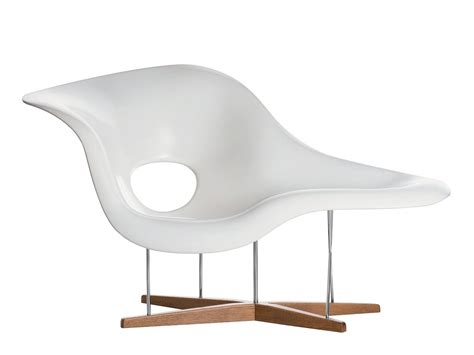 test de la chaise vitra la chaise by charles eames 1948 designer furniture by smow com