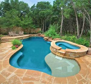 60 spectacular kidney shaped swimming pools for your patio for Swimming pool and spa design