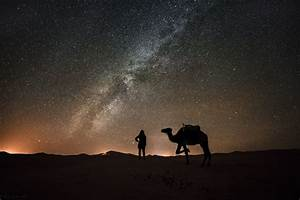 What It's Like To Spend The Night In The Sahara Desert ...