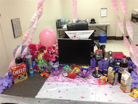 gifts for desk at work 38 best coworker birthday ideas images on pinterest