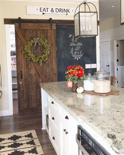 decorative kitchen cabinets best 25 farmhouse kitchen lighting ideas on 3123