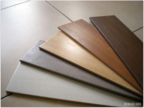 suelos porcelanicos  imitan madera nova te asesora