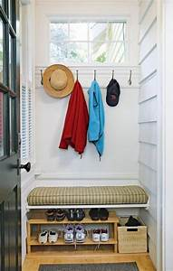 small mudroom and entryway decor ideas comfydwellingcom With porch interior ideas uk