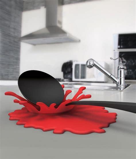 ustensiles cuisine design ustensiles de cuisine design éclaboussure splash