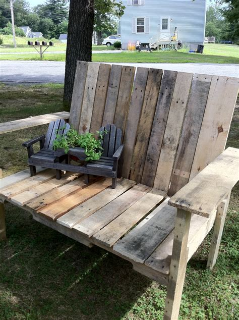 Pallett Bench by How To Pallet Wood Bench Upcycled