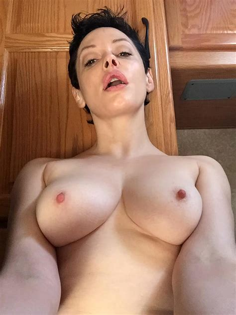Rose Mcgowan Nude Private Pics Second Part Charmed