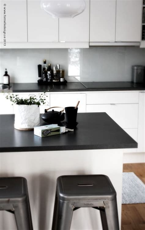 Kitchen Top Cupboards by White Cupboards With Black Benchtops Kitchens In 2019