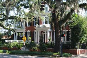 Southern Charm Our Short & Sweet Savannah Stay - This is
