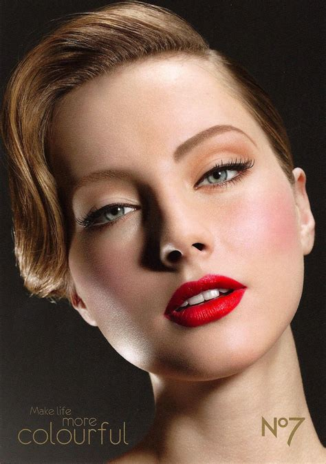 kelseys closet sophistication  trendy  glam