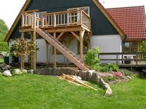 treppe selber bauen holz balkon treppe holz selber bauen bvrao