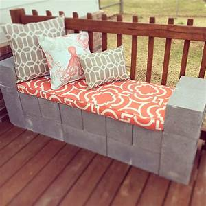 5 ways to use cinder blocks in the garden the garden glove for Cinderblock furniture