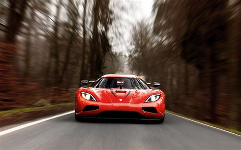 Top 10 Fastest Cars In The