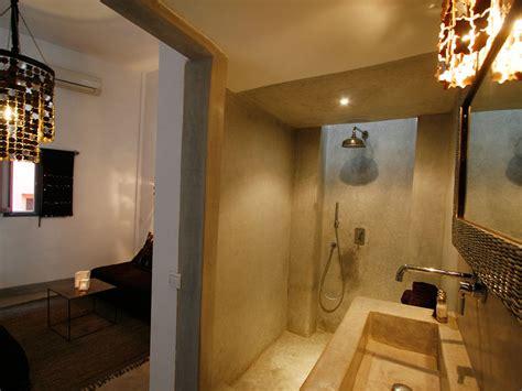 zellige marocain salle de bain riad awa louez le riad awa 224 marrakech hotels ryads