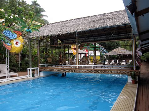 File:The Honiara Hotel, Solomon Islands.jpg