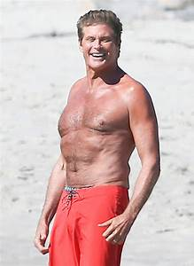 David Hasselhoff Back On 'Baywatch'! | National Enquirer