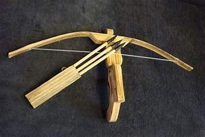 Childrens Toy Bamboo and Wood Crossbow and 3 Rubber tipped