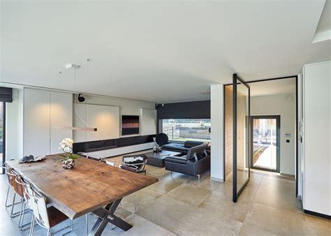 wit design interieur wit interieur met zwarte accenten anyway doors
