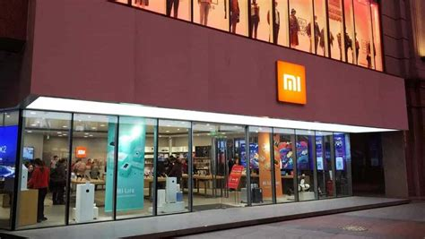 opinion should apple follow xiaomi and start building