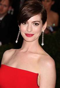 Anne Hathaway Addresses  U0026quot Hathahaters U0026quot  And That Pointy