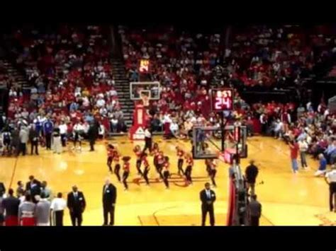 Houston Rockets vs. Cleveland Cavaliers PLAYOFFs Halftime ...