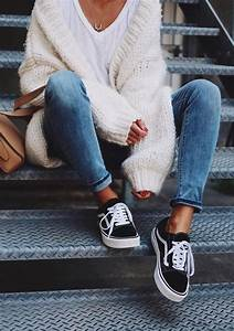 Best 25+ Tumblr fall outfits ideas on Pinterest | Edgy fashion winter Red skirt outfits and ...