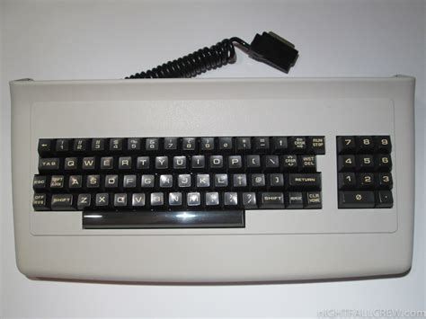 Commodore Cbm 8032sk Keyboard  Before And After Cleaning