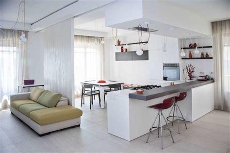 cuisine ouverte sur salon petit espace cuisine ouverte sur salon une solution pour tous les espaces