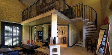 interior rumah  void