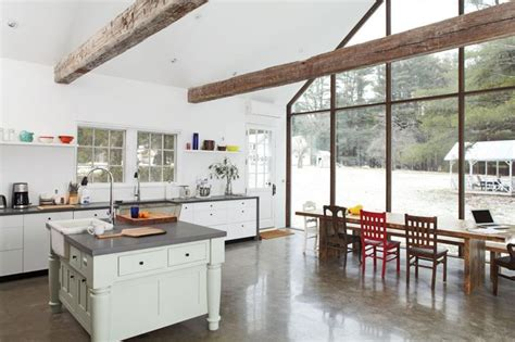 stunning kitchens with big windows 25 stunning kitchens with big windows page 3 of 5 25