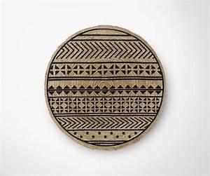 Tapis Rond Design : tapis rond 100cm jute naturel et imprim ethnique noir ~ Teatrodelosmanantiales.com Idées de Décoration