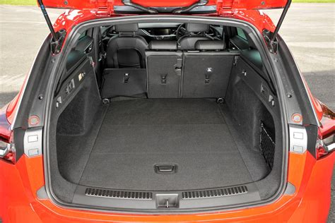 Opel Insignia Trunk Space by Vauxhall Insignia Sports Tourer 2017 Features