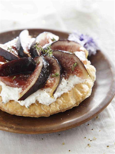 recette tarte fine au chevre  aux figues fraiches  la