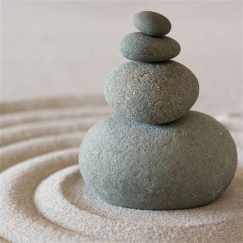 pixwords das bild mit steine sand vier rund sculpies