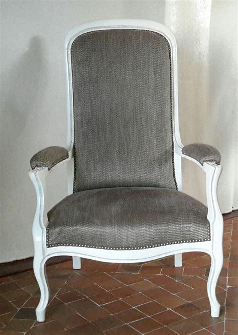 chaise voltaire fauteuil voltaire ancien entièrement refait à neuf