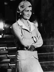 Coco Chanel Bilder : coco chanel the orphan who transformed fashion npr ~ Cokemachineaccidents.com Haus und Dekorationen