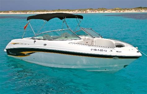 Motorboat En Espanol by Motorboat For Charter On Ibiza Chaparral 230 Ssi