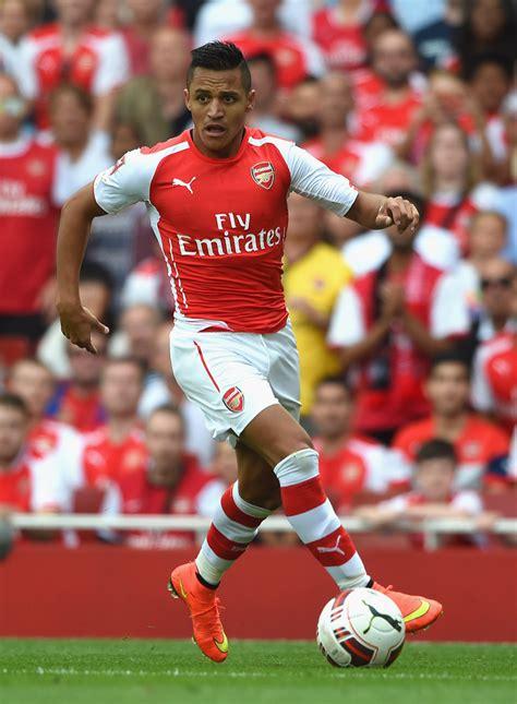 Alexis Sanchez In Arsenal V Benfica Zimbio