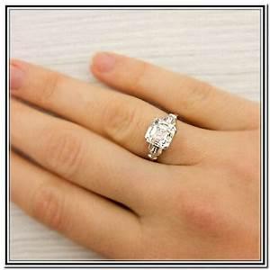 Big Diamond Engagement Rings On Hands 2017 Designs Photos