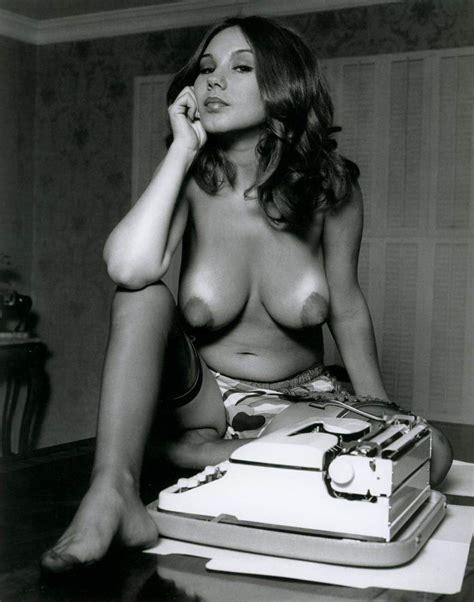 Vintage Erotic Photos Vol3 Redbust